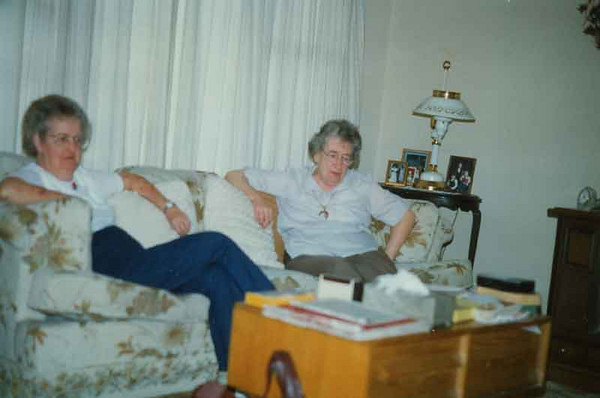Taken in Catherine's front room in jamestown. I think it was earlier than 1995 but don't remember the year.