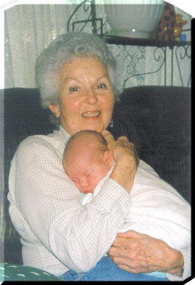 Grandma&Hanna_jpg