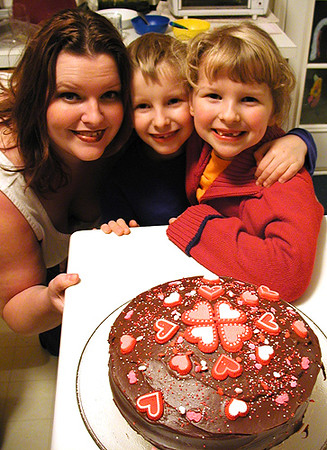 Valentine's Day 2003 - Jenn made a cake!