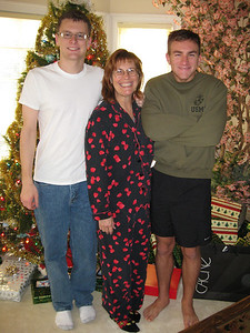 Justin, Ann & Morgan Bellmor Christmas Day December 2008