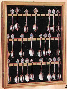 This is the picture of the spoon holder that Dad is making for me, Heidi and Reetha. Each of the boxes hold 48 spoons except mine as i only have about 20 or so.