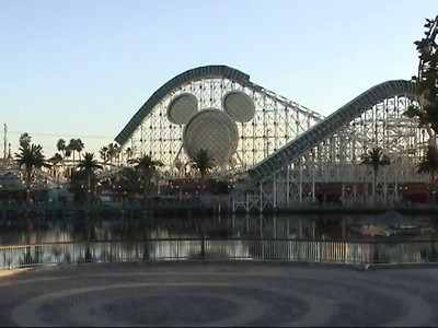 2002-10-07-DisneyLand-Pt4