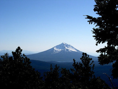 Mt McLoughlin from the top of Pelican Butte