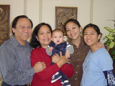 AJ with the Necesario'sUncle Ramon, Auntie LoryAuntie Lora & Auntie Lauren