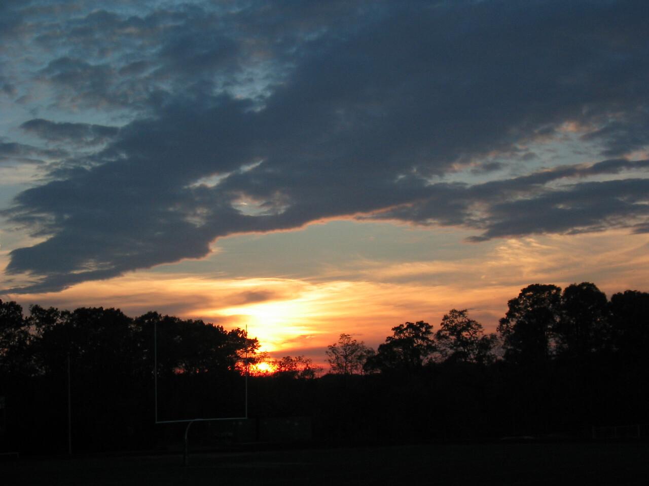 2003 11 01 Saturday - Setting Sun - dark'ish