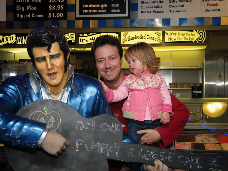 10/17 - Elvis in an ice cream parlor