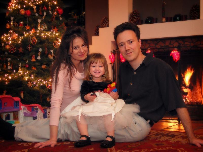 "12/25 - Merry Christmas! Lili took this picture, you can even see the remote in her hand. Check out our musical Christmas card here: <A href=""http://www.qqriq.com/Christmas""><STRONG>www.qqriq.com/Christmas</STRONG></A>"