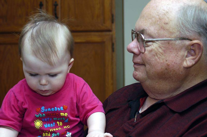 20040826_7709_Grandpa and Claire