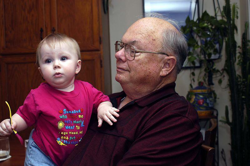 20040826_7704_Grandpa and Claire