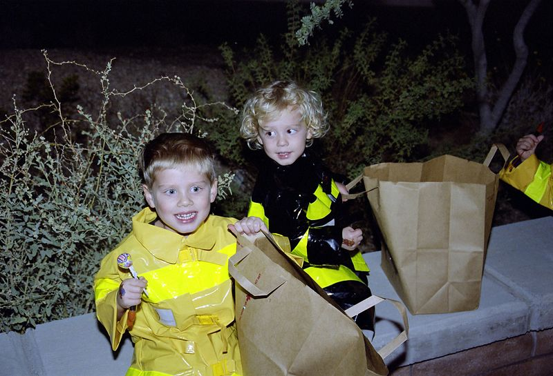 20041029 Jacob and Joshua