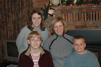 2004 12 28-Family Pics 005