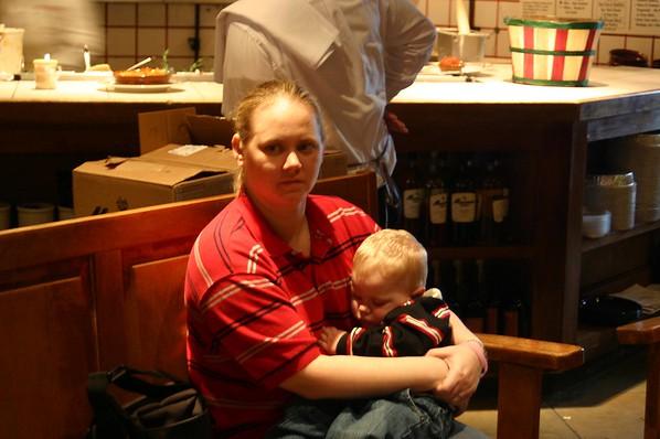 2005 Feb 13  Gina & Kids Marian & Fred Here