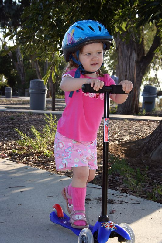 "5/26 - We ordered <a href=""http://www.amazon.com/exec/obidos/tg/detail/-/B00005B086/"" target=""_blank"">this scooter from amazon.com</a>, it's an amazing design, Lili learnt to ride it within a few days. I'ts scary how fast she goes with it..."