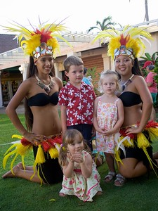 9/20 - A photo op afer a hula performance with Jacob and Juliet and two hula dancers