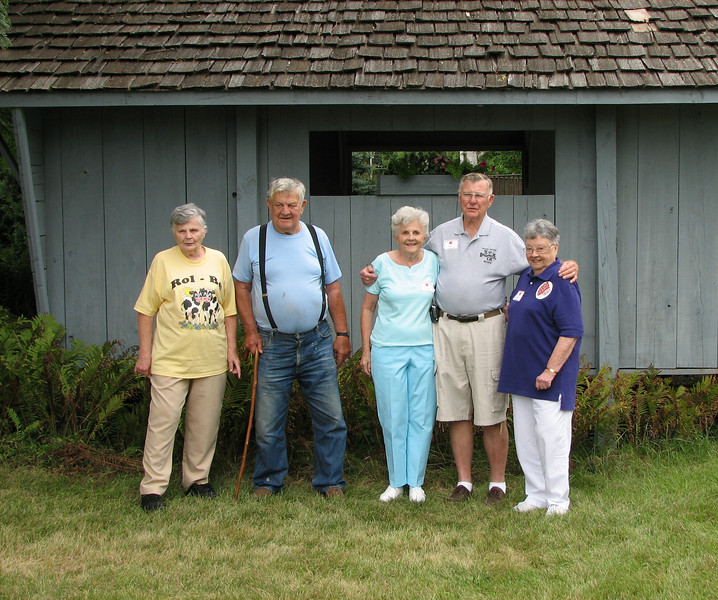 2nd generation - Betty, Jim, Muriel, Bruce and Mary