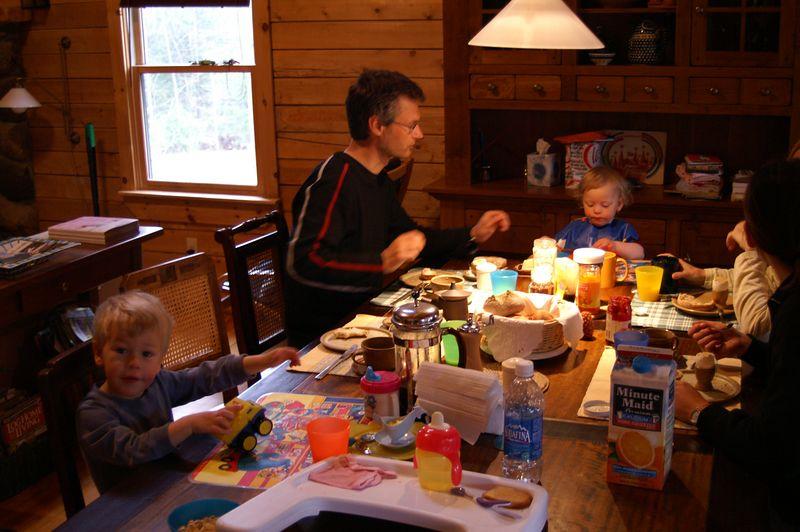 erstes gemeinsames fruehstueck /<br /> <br /> Our first breakfast together
