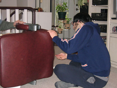 chair_assembly_3