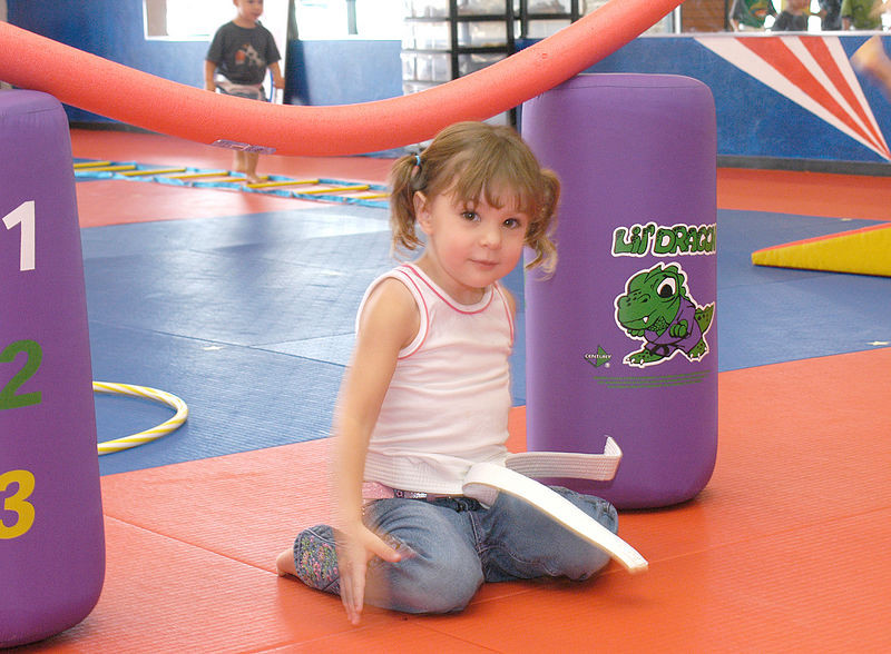 (8-13-05)  Caroline going through the obstacle course.