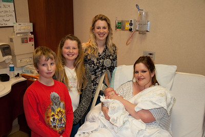 Last day at the hospital: Friday, March 31st.   Aunt Sara flew down from Montana to visit with Jenn both Thursday and Friday!  And Uncle Peter was here in town on business, and visited with Sara, Thursday!