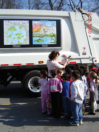 "The purpose of the contest was to educate Nashvillians about waste management and recycling practices and the theme was ""Celebrate Nashville -- Keep It Beautiful.""   Hundreds of students from over 40 of the 72 elementary schools across Nashville and Davidson County participated.  Public Works Director Billy Lynch said, ""This event was a great way to teach the children about the importance of recycling and taking pride in keeping Nashville clean and beautiful."""