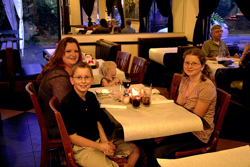 Joshua, Jennifer, Chloe and Abigail  - Uncle Gio's Italian Restaurant  - October 2007