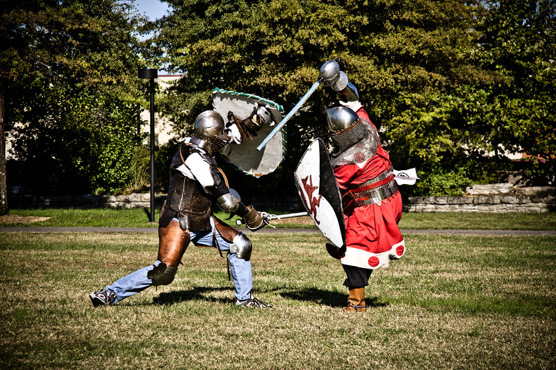 We found these Knights in Nashville's Bicentennial Park.  They practice there every Sunday. October 2008