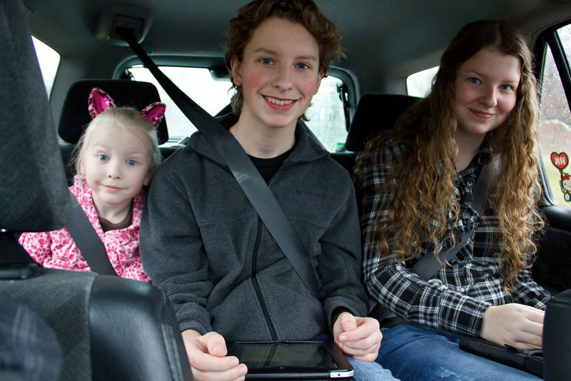 Chloe (5), Joshua (15), Abigail (14) - March 2011