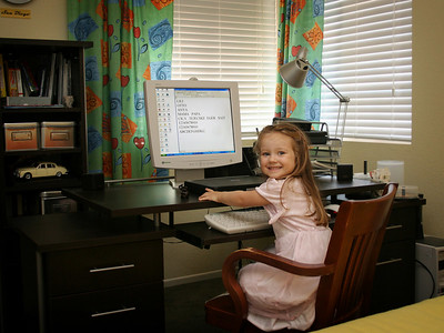 9/3 - Lili is writing an email