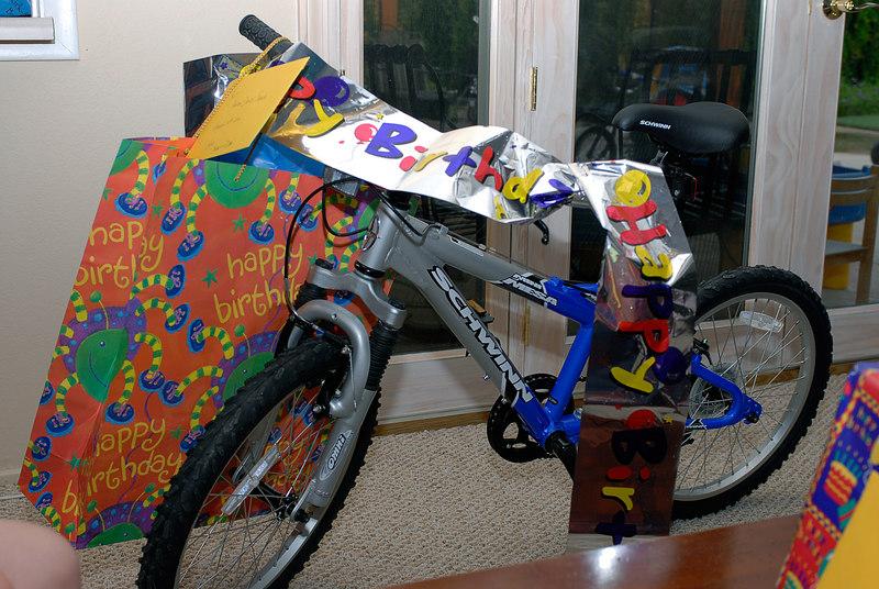 (8.11.2006)  A new big kids bike for the big kid.
