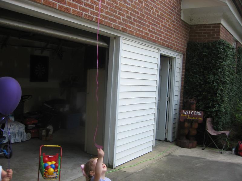 Maggie's 1st Birthday 07-01-06 (61)