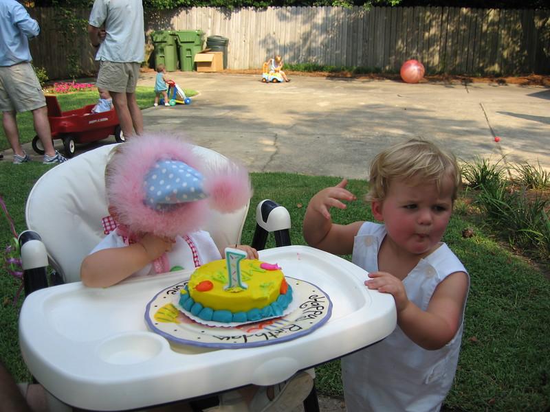 Maggie's 1st Birthday 07-01-06 (42)