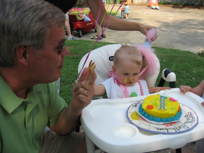 Maggie's 1st Birthday 07-01-06 (41)