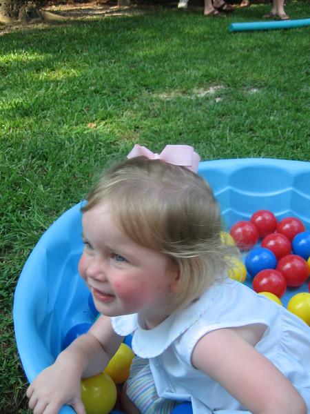 Maggie's 1st Birthday 07-01-06 (27)