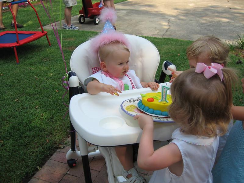 Maggie's 1st Birthday 07-01-06 (36)