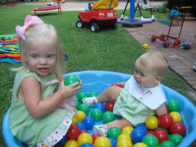 Maggie's 1st Birthday 07-01-06 (21)