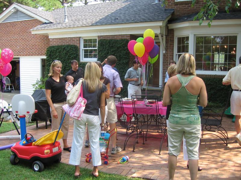 Maggie's 1st Birthday 07-01-06 (9)