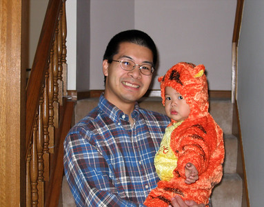 oct 31, 06 halloween tigger