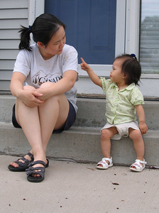 jul 10, 06 nice conversation with mommy.jpg