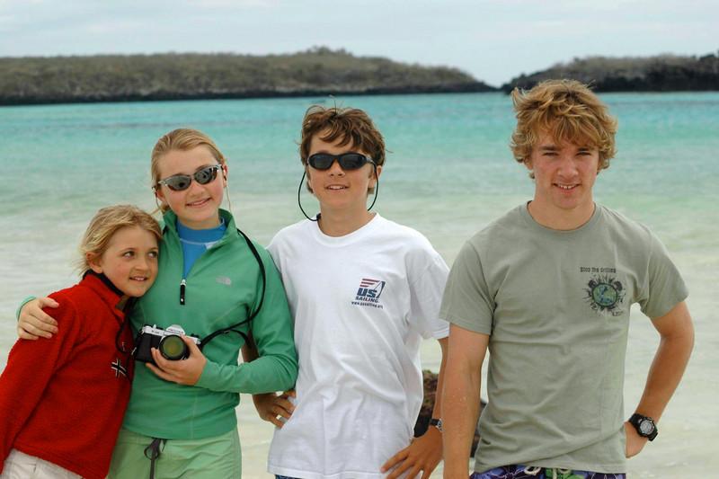 Xmas card 2007 4 kids Galapagos beach