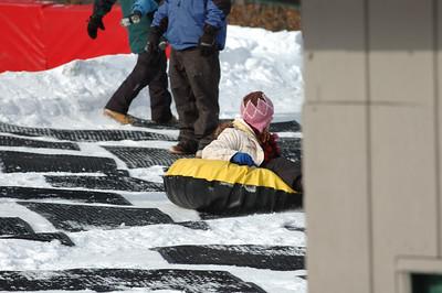 02-16-07 Snow Tubing-024