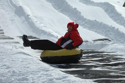 02-16-07 Snow Tubing-028