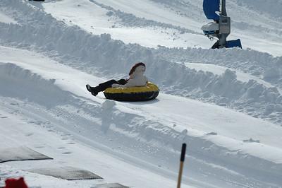02-16-07 Snow Tubing-019