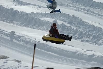 02-16-07 Snow Tubing-011