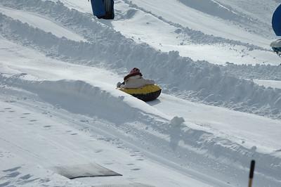 02-16-07 Snow Tubing-018