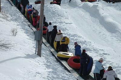 02-16-07 Snow Tubing-005