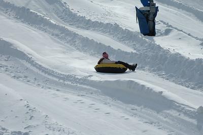 02-16-07 Snow Tubing-017