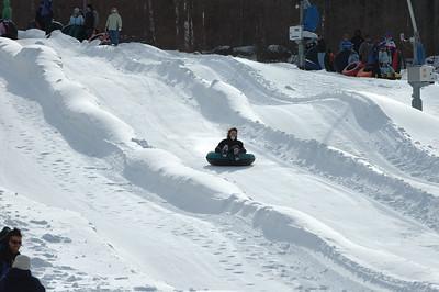 02-16-07 Snow Tubing-014