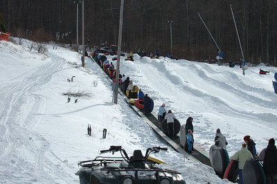 02-16-07 Snow Tubing-006
