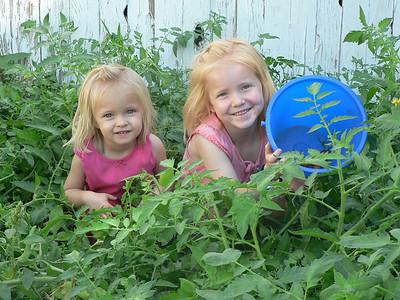 09 03 Maya & Abbie in garden