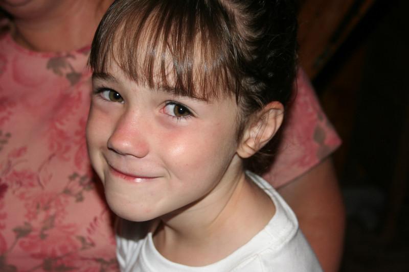 """Rachel Kane's new """"hair-do"""" that Sami Jo Johnsen gave her 7/19/07"""